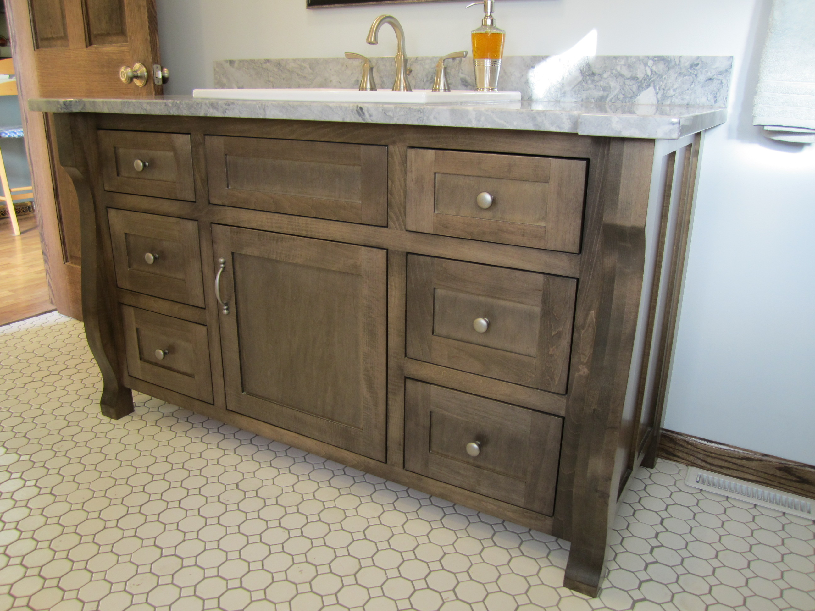 how to make old cabinets look new