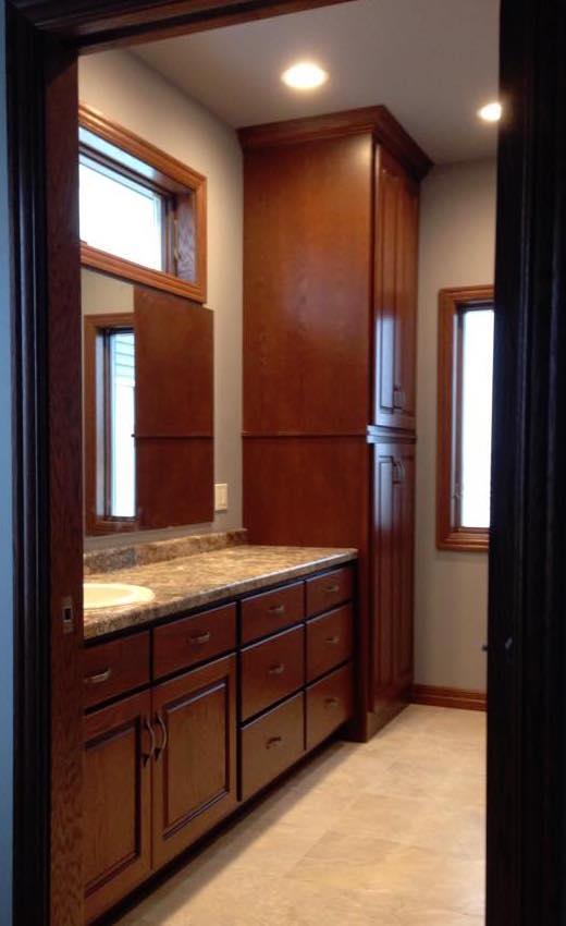 Distinctive Cabinets Of Green Bay